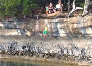 Cliff Jump - JAKE
